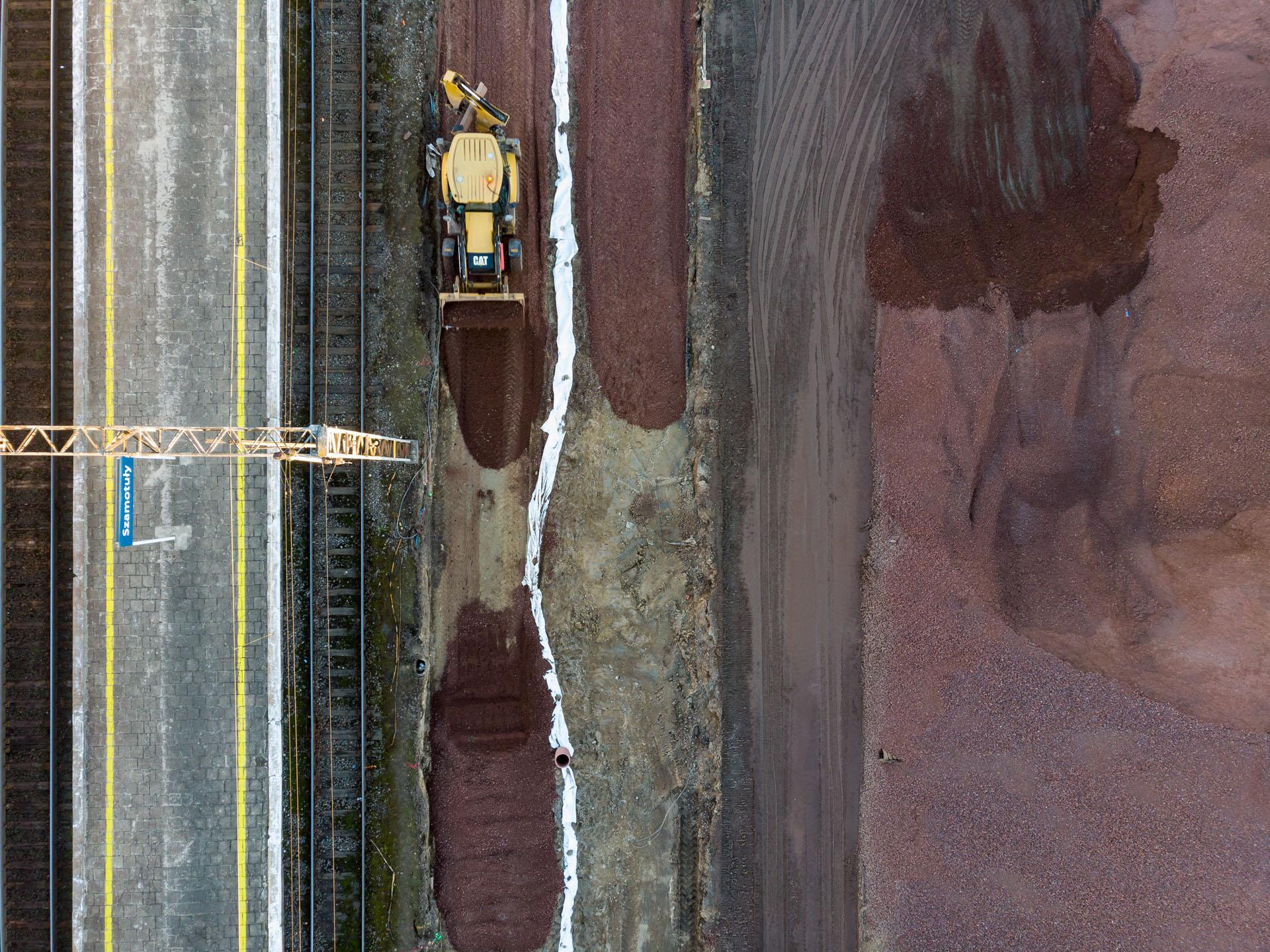 Galeria zdjęć pokazuje prace ziemne na szlaku Poznań-Kiekrz, które miały miejsce w lutym 2019 roku.