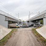 Wizualizacja przedstawia dwa zdjęcie, które przesuwa się przy pomocy suwaka. Jedno zdjęcie pokazuje posterunek odgałęźny w Poznaniu, a drugie zdjęcie to wizualizacja jak posterunek będzie wyglądał po modernizacji.