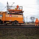 Galeria kilku zdjęć przedstawia prace modernizacyjne przy torach na szlaku Szamotuły-Pęckowo, które miały miejsce w lutym 2020 roku.