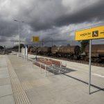 Zdjęcie przedstawia przystanek kolejowy w Reptowie.