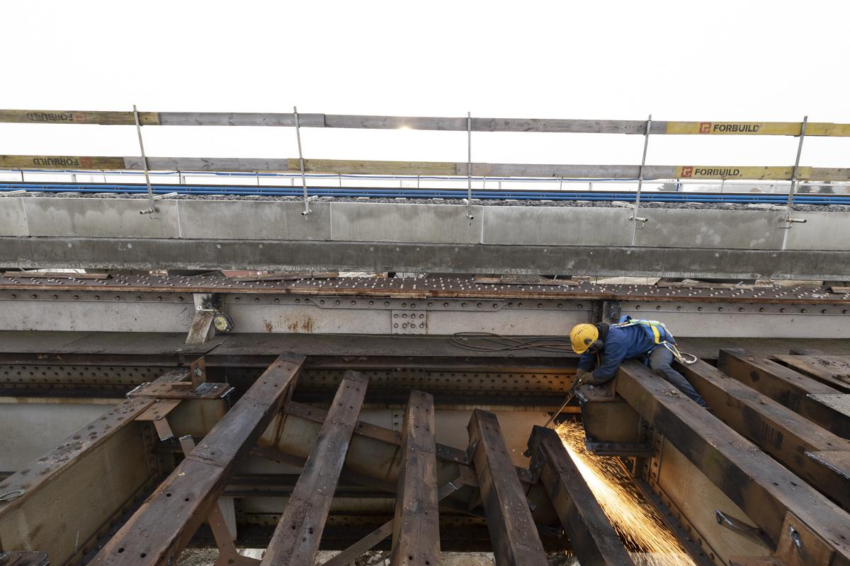 Sesja zdjęciowa przedstawia modernizowaną stację oraz obiekty we Wronkach w grudniu 2020 roku.