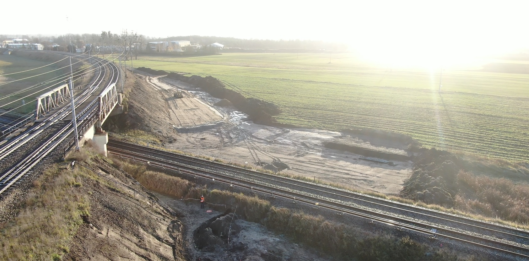 Zdjęcie przedstawia budowę bajpasu kolejowego na odcinku Tczew-Kostrzyn.
