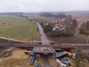 Sesja przedstawia zdjęcia z aktualnych prac w marcu 2021 roku na odcinku kolejowym Wronki-Słonice.